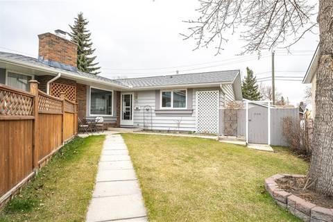 Townhouse for sale at 24 Midridge Gdns Southeast Calgary Alberta - MLS: C4243721