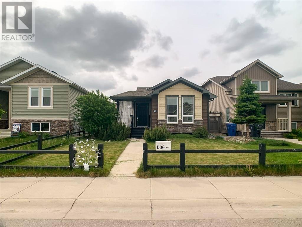 House for sale at 24 Mt Sundance Rd W Lethbridge Alberta - MLS: ld0184073