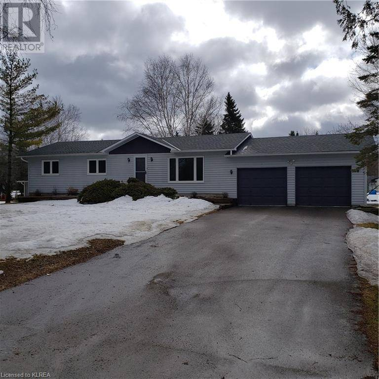 House for sale at 24 North Bayou Rd Fenelon Falls Ontario - MLS: 234244
