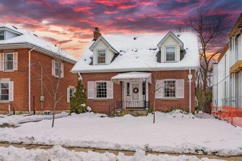 House for sale at 24 Peel Ave Brampton Ontario - MLS: W4999977