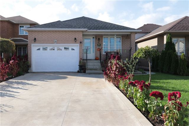 Removed: 24 Royal Vista Drive, Hamilton, ON - Removed on 2017-12-02 04:50:10