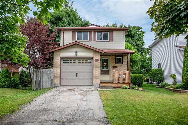 Sold: 24 Sinclair Court, Barrie, ON