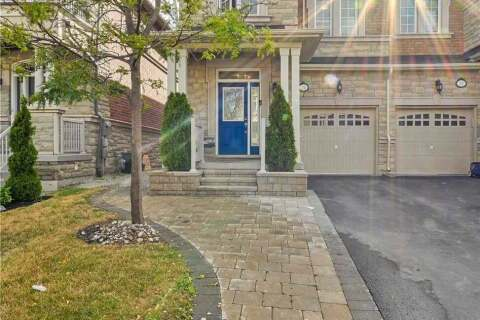 Townhouse for sale at 24 Spruce Pine Cres Vaughan Ontario - MLS: N4842150