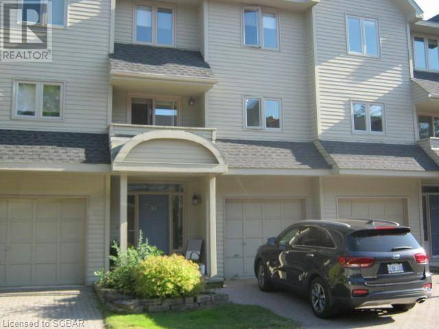 Townhouse for rent at 24 Starboard Rd Collingwood Ontario - MLS: 214838