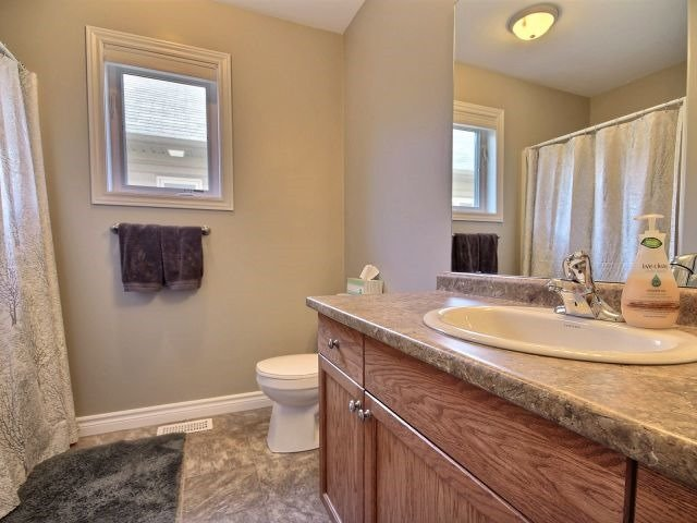 For Sale: 24 Taylor Drive, Orillia, ON | 3 Bed, 3 Bath Townhouse for $399,900. See 18 photos!