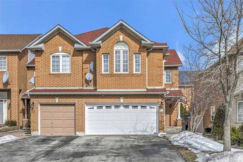 Townhouse for sale at 24 Thornbush Ct Richmond Hill Ontario - MLS: N4387609