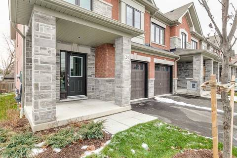 Townhouse for sale at 24 Wandering Wy Whitby Ontario - MLS: E4652193