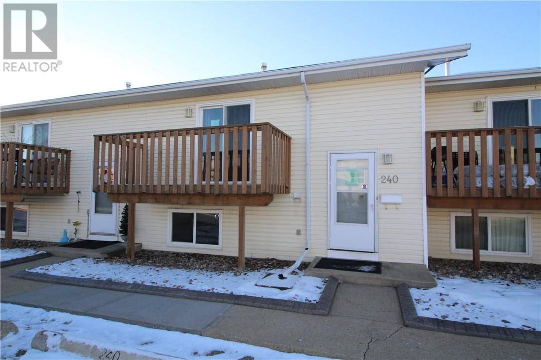 Townhouse for sale at 56 Holmes St Unit 240 Red Deer Alberta - MLS: ca0185038