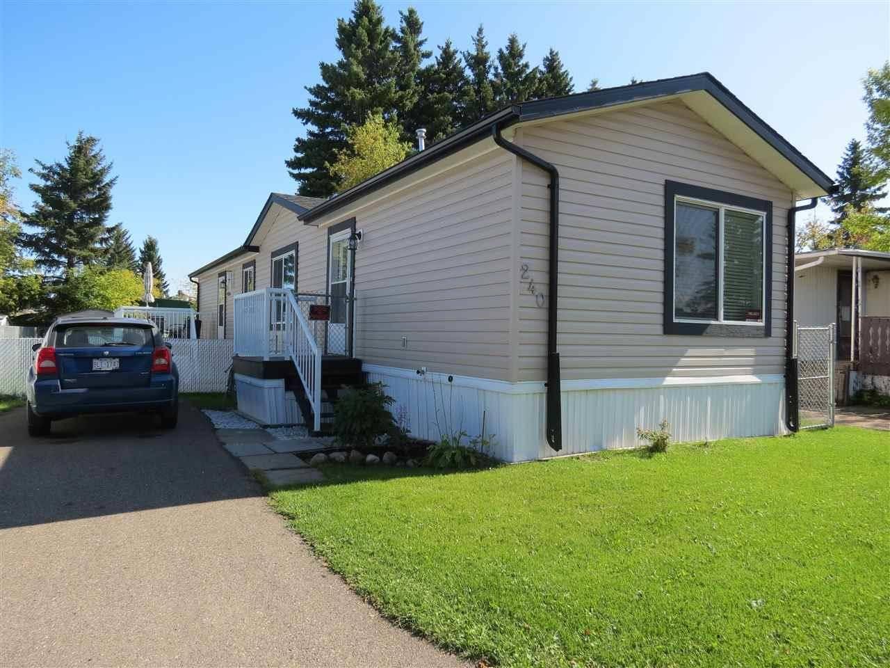 Home for sale at 240 Evergreen Pk Ne Edmonton Alberta - MLS: E4173635