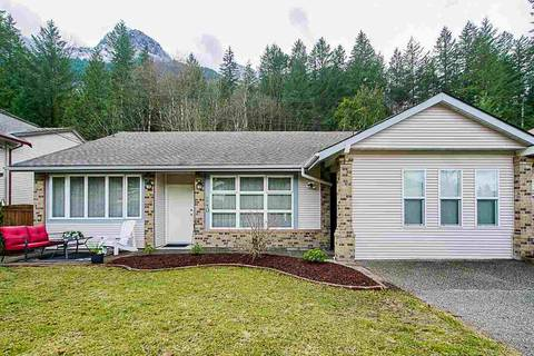 House for sale at 240 Forrest Cres Hope British Columbia - MLS: R2352565