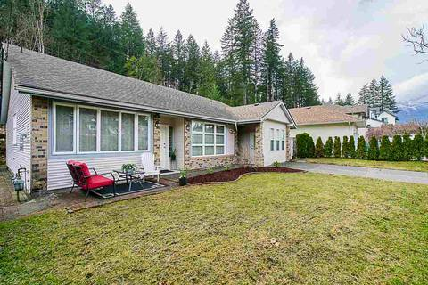 House for sale at 240 Forrest Cres Hope British Columbia - MLS: R2383460