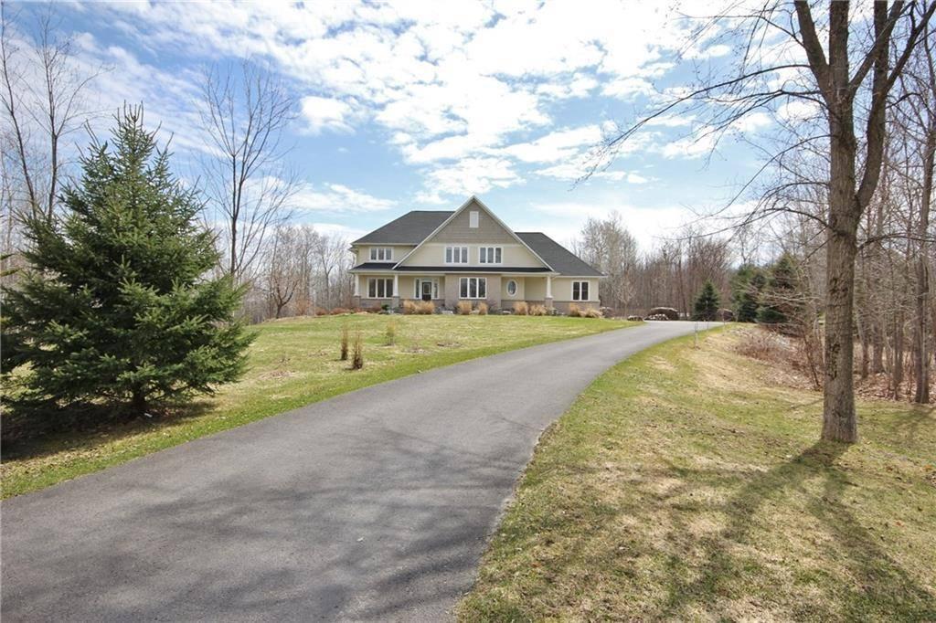House for sale at 240 Ridgeside Farm Dr Kanata Ontario - MLS: 1165348
