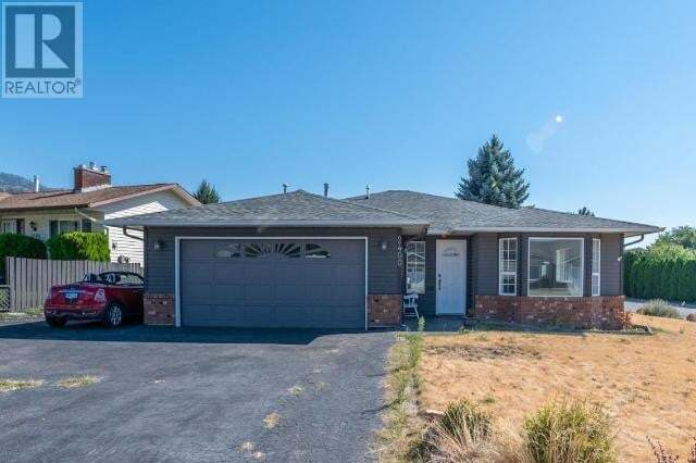 House for sale at 2400 Cornwall Dr Penticton British Columbia - MLS: 185799