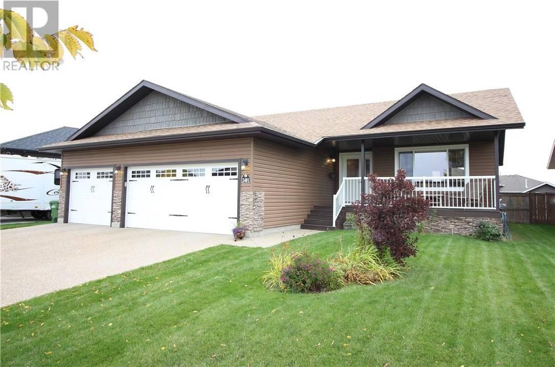 House for sale at 2401 57 St Camrose Alberta - MLS: ca0180257