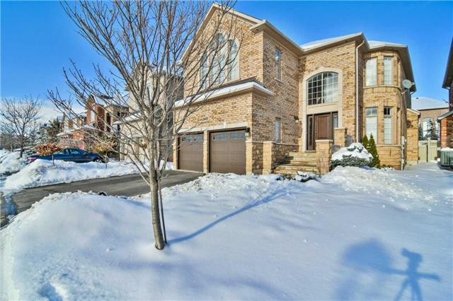 For Sale: 2401 Coronation Drive, Oakville, ON | 4 Bed, 4 Bath House for $1,575,000. See 20 photos!
