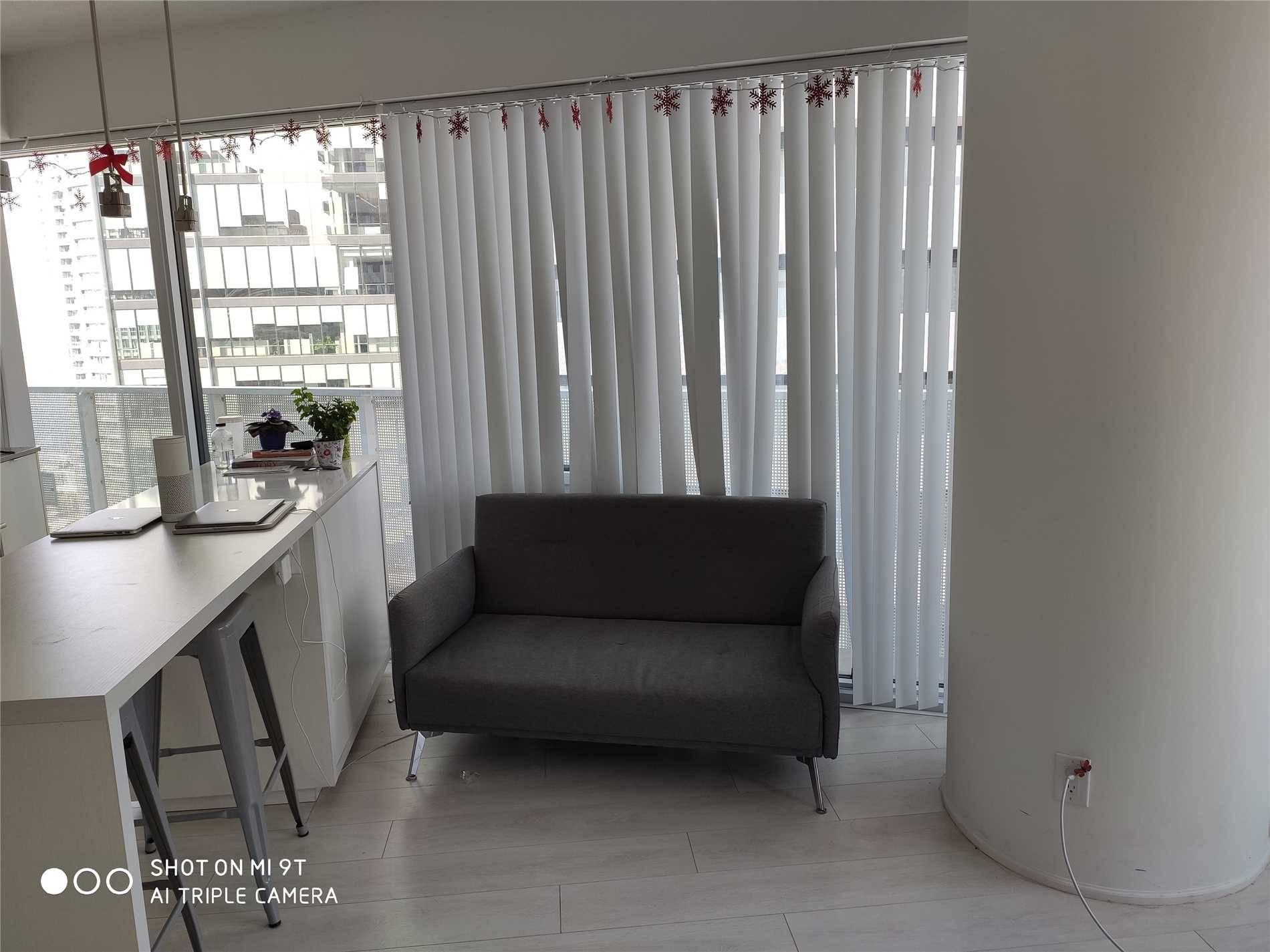 Apartment for rent at 88 Harbour St Unit 2402 Toronto Ontario - MLS: C4525537