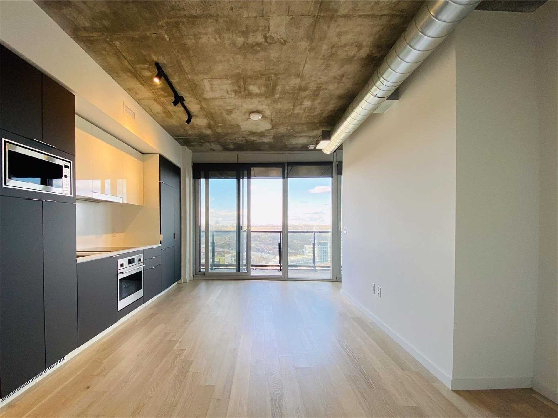 For Rent: 2405 - 170 Bayview Avenue, Toronto, ON | 1 Bed, 1 Bath Condo for $2050.00. See 31 photos!