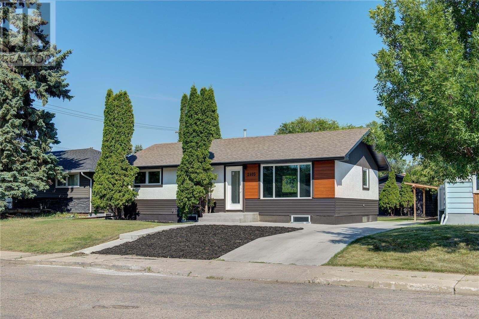House for sale at 2405 Ewart Ave Saskatoon Saskatchewan - MLS: SK819136