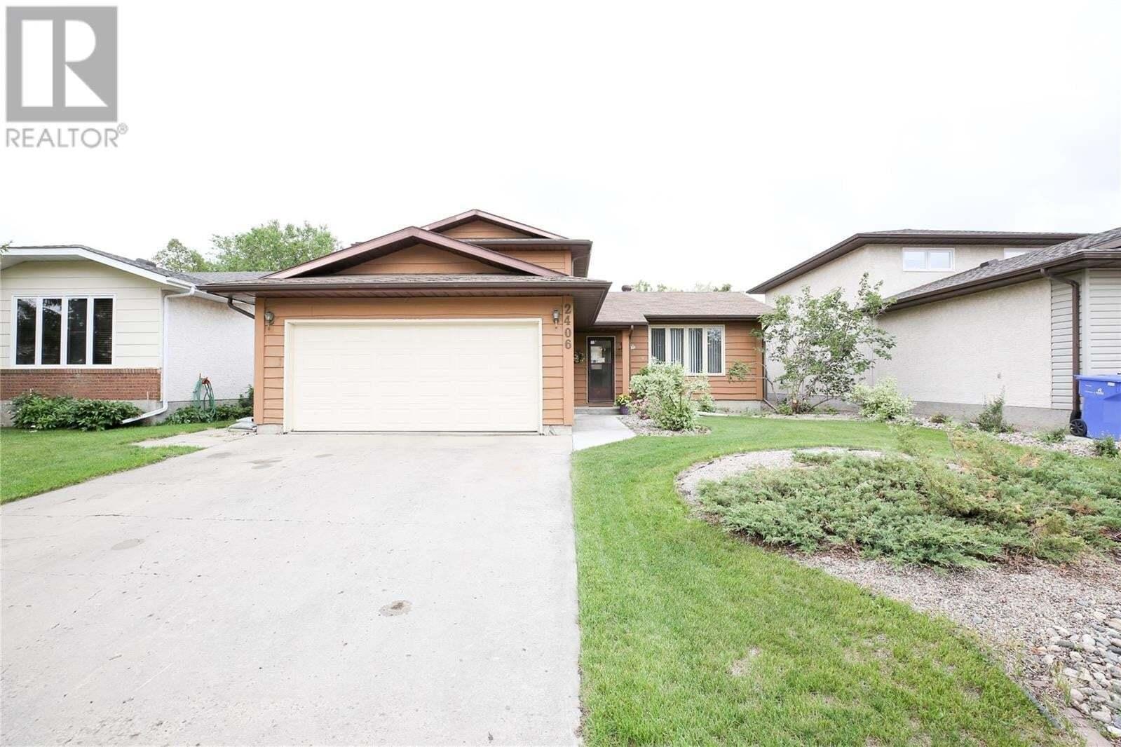 House for sale at 2406 Crowe By E Regina Saskatchewan - MLS: SK815018