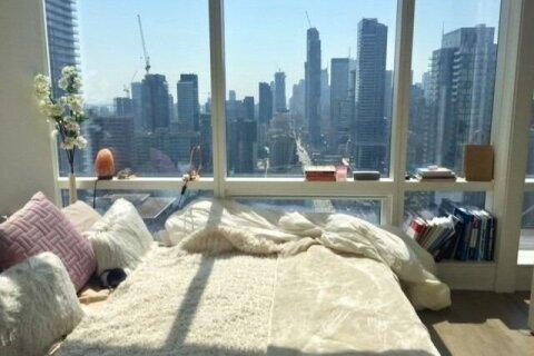 Apartment for rent at 1 Bloor St Unit 2407 Toronto Ontario - MLS: C5085679