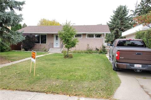 House for sale at 2407 17 Ave S Lethbridge Alberta - MLS: LD0180306