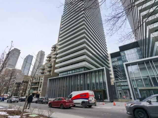 Casa 2 Condos Condos: 42 Charles Street East, Toronto, ON