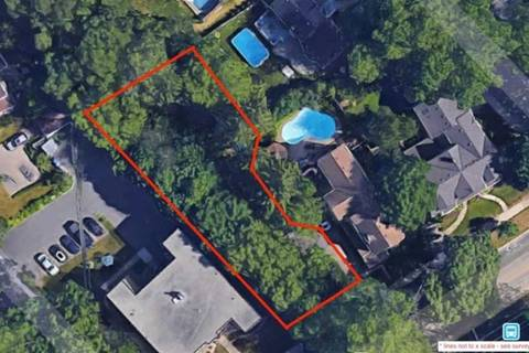 Residential property for sale at 2407 Lakeshore Rd Burlington Ontario - MLS: W4734144