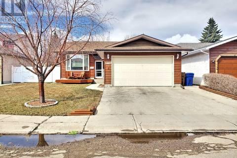 House for sale at 2407 Rooke Pl Regina Saskatchewan - MLS: SK767315