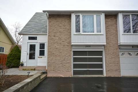 Townhouse for sale at 2408 Mainroyal St Mississauga Ontario - MLS: W4770310