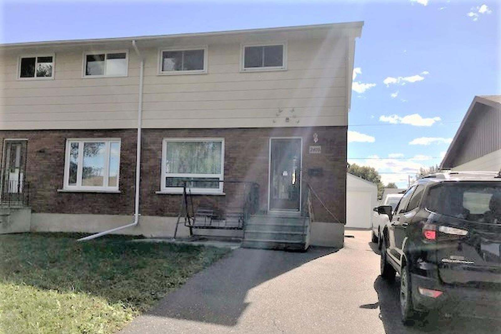 House for sale at 240B Kensington Dr Thunder Bay Ontario - MLS: TB202412