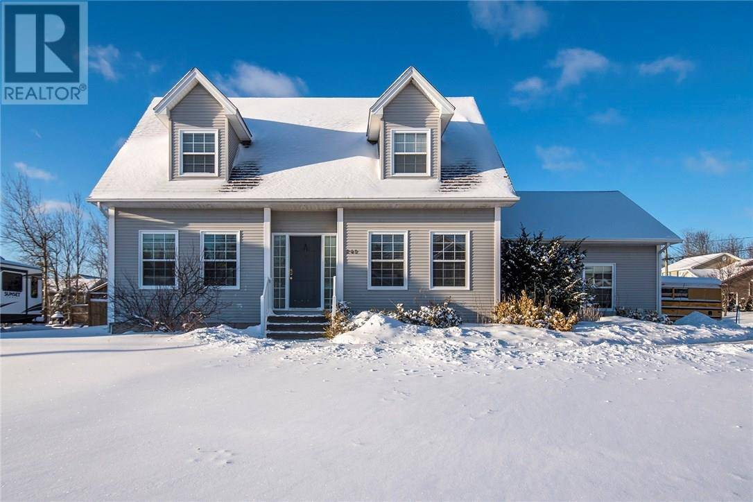 House for sale at 241 Doreen Crois  Dieppe New Brunswick - MLS: M126868