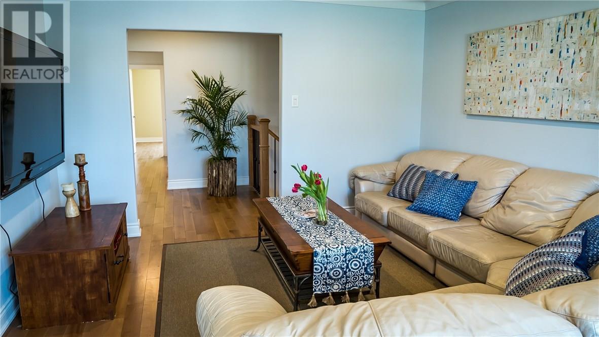 For Sale: 241 Grove Street E, Barrie, ON   5 Bed, 2 Bath House for $534,000. See 26 photos!