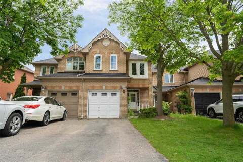 Townhouse for sale at 241 Warner Cres Newmarket Ontario - MLS: N4818531