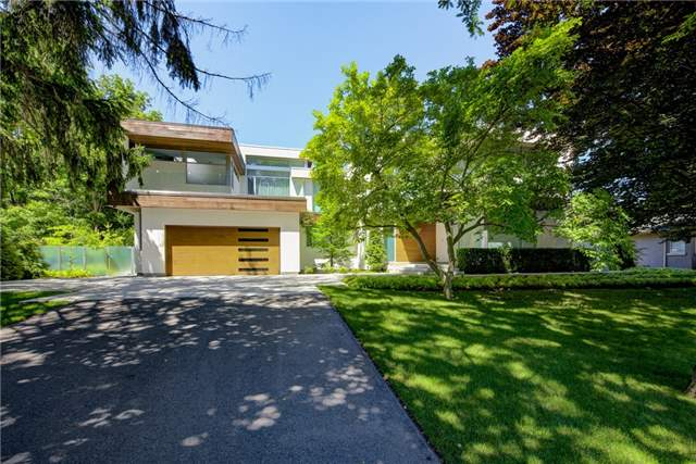 For Sale: 241 West Lynn Road, Oakville, ON   3 Bed, 5 Bath House for $5,995,000. See 20 photos!
