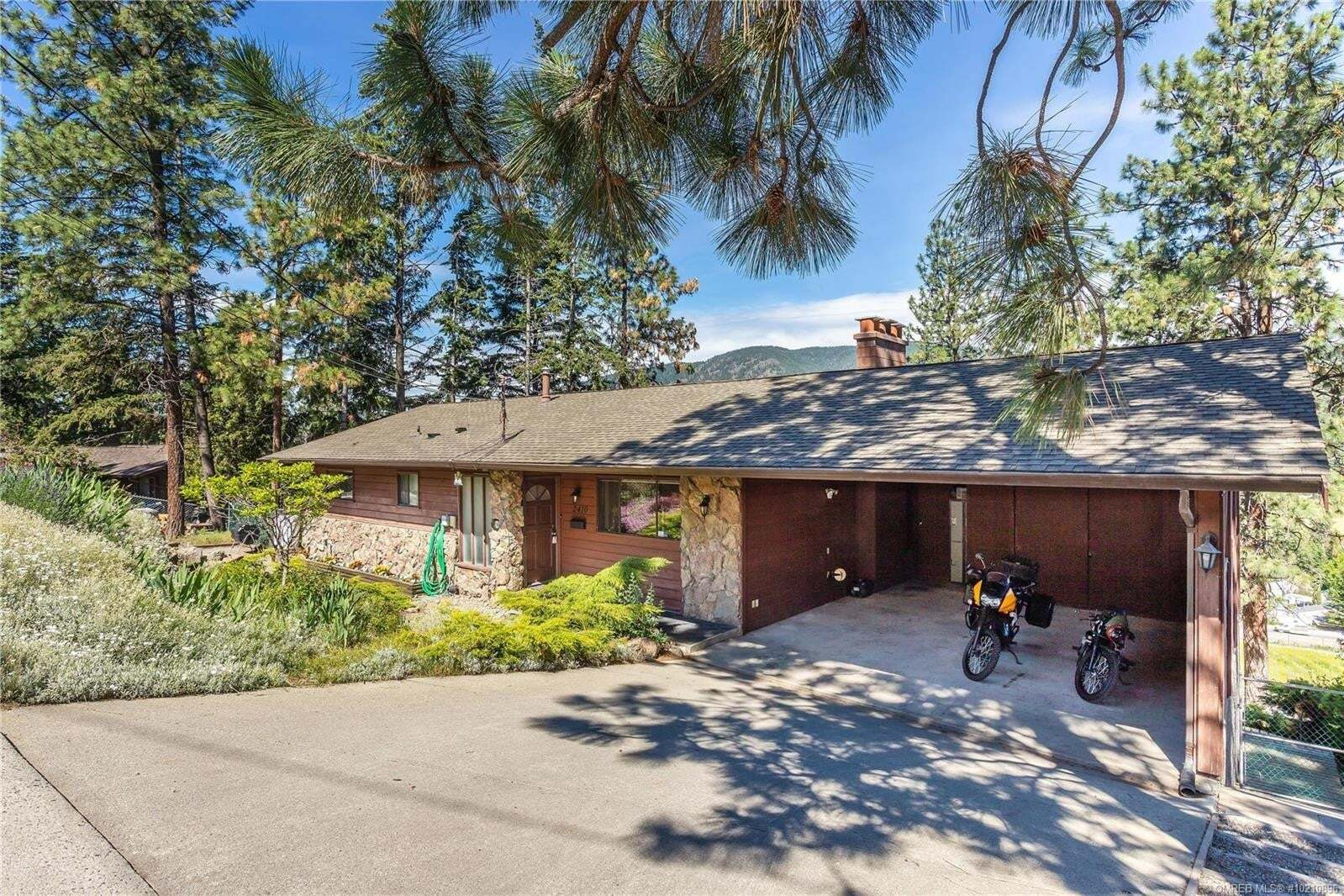 House for sale at 2410 Boucherie Rd West Kelowna British Columbia - MLS: 10210896