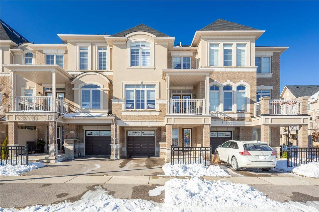Townhouse for sale at 2411 Greenwich Dr Unit 2411 Oakville Ontario - MLS: H4071091