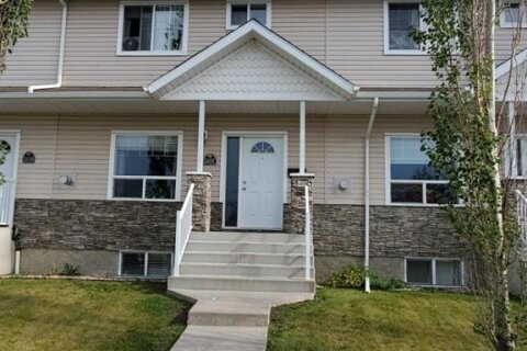 Townhouse for sale at 2411 Valleyview Dr Camrose Alberta - MLS: A1023364