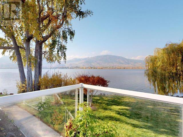 House for sale at 2412 Lakeshore Dr Osoyoos British Columbia - MLS: 178905