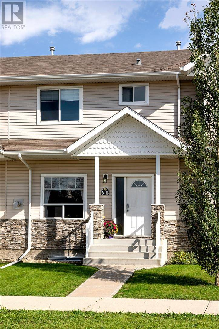 Townhouse for sale at 2413 Valleyview Dr Camrose Alberta - MLS: ca0183554