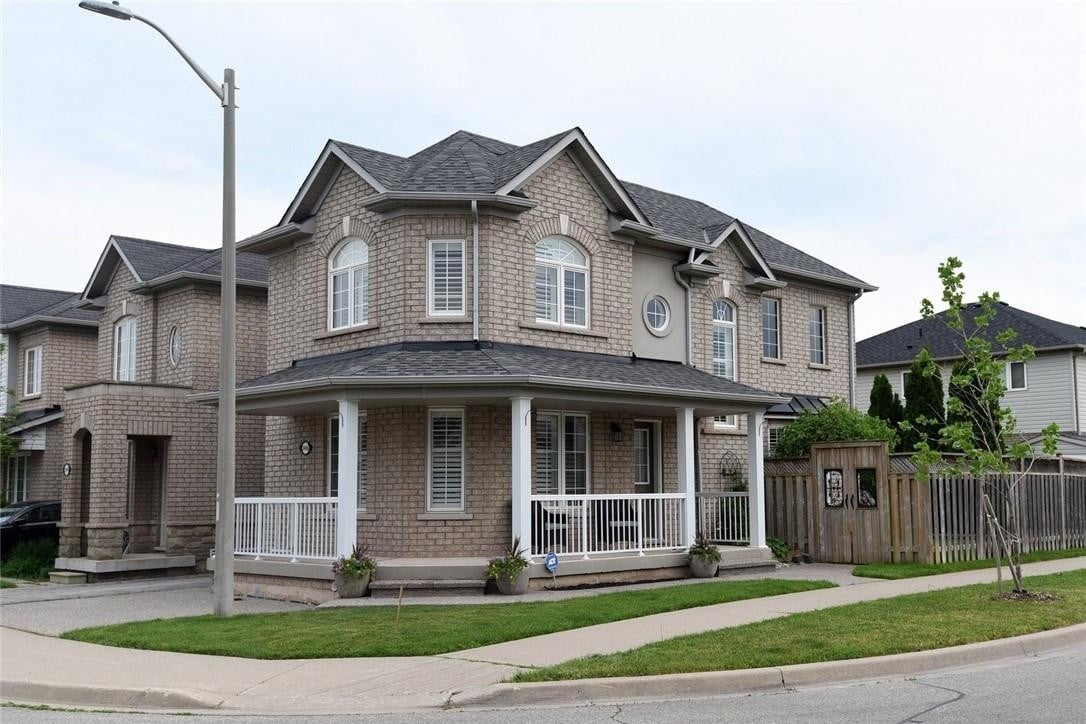 Townhouse for sale at 2416 Emerson Dr Burlington Ontario - MLS: H4079436