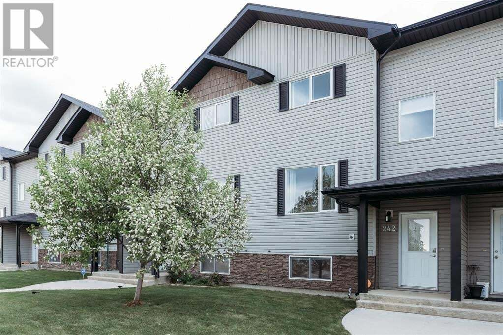 Townhouse for sale at 242 17 St East Brooks Alberta - MLS: A1002260