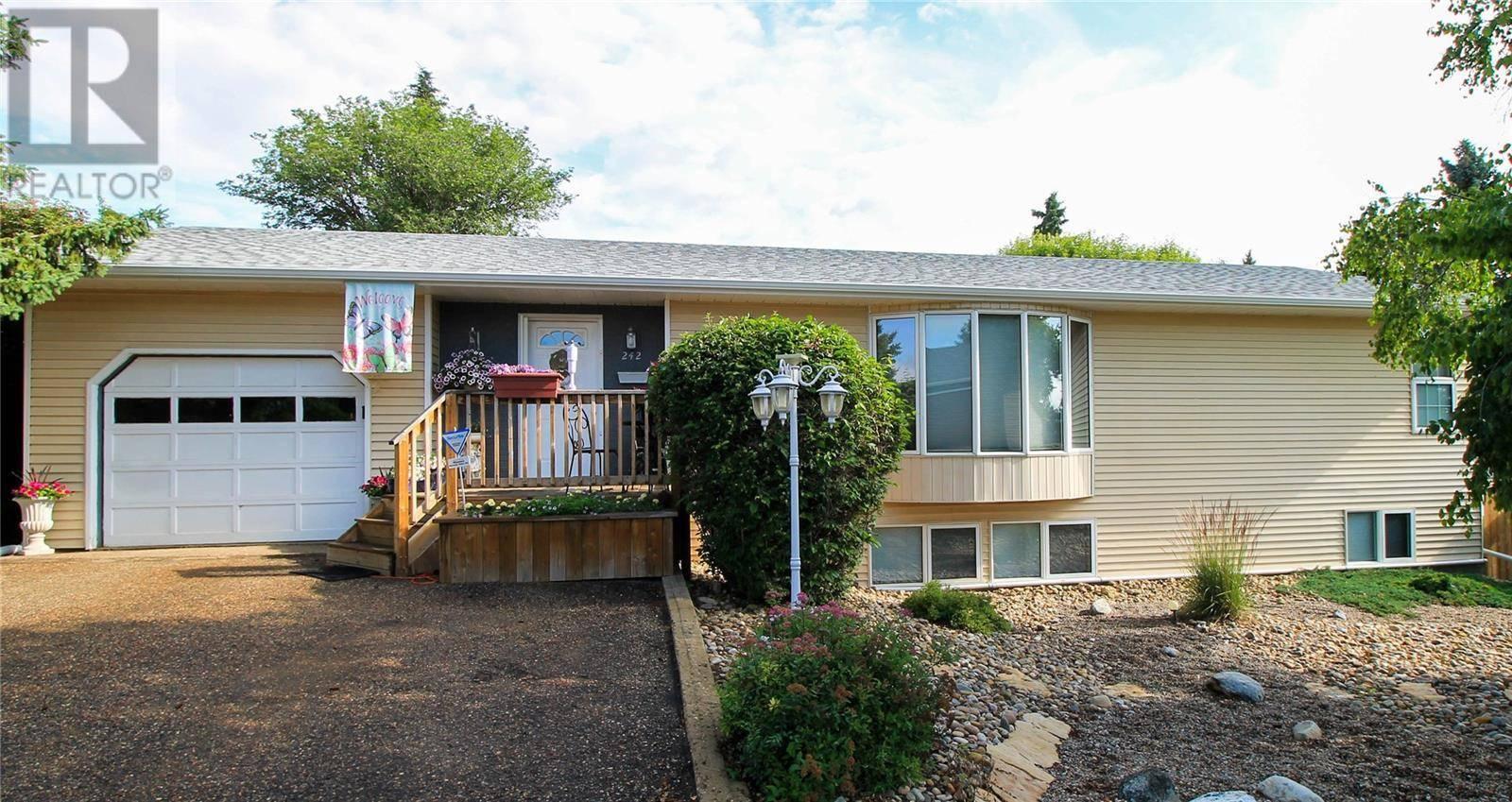 House for sale at 242 32nd St Battleford Saskatchewan - MLS: SK779806