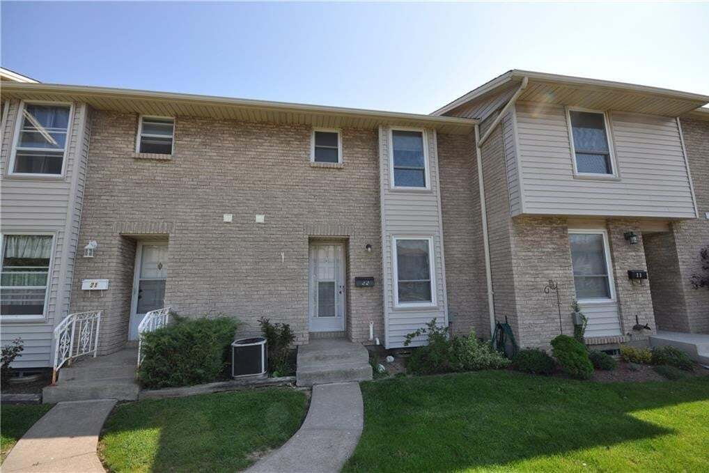 Townhouse for rent at 242 Lakeport Rd St. Catharines Ontario - MLS: 30809052