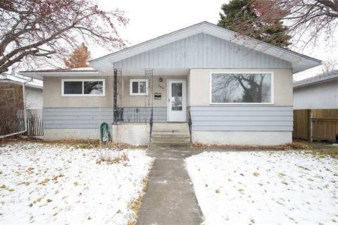House for sale at 2420 36 St Southeast Calgary Alberta - MLS: C4275850