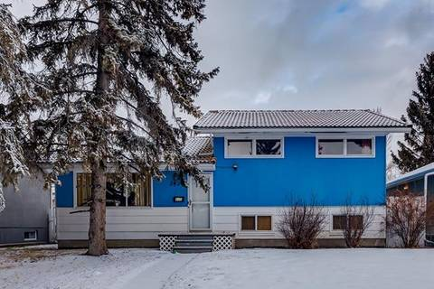 House for sale at 2420 53 Ave Southwest Calgary Alberta - MLS: C4280875