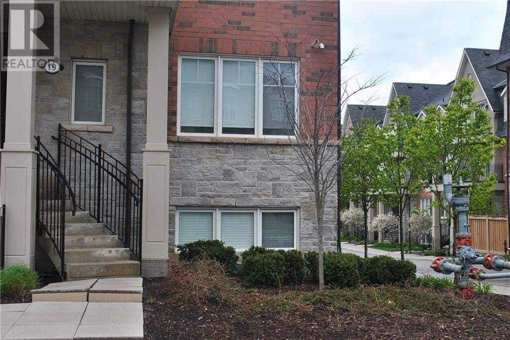 Townhouse for sale at 2420 Baronwood Dr Oakville Ontario - MLS: 30807027