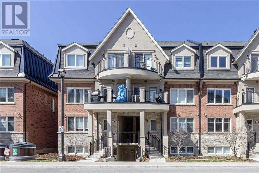 Townhouse for sale at 2420 Baronwood Dr Oakville Ontario - MLS: 30819364