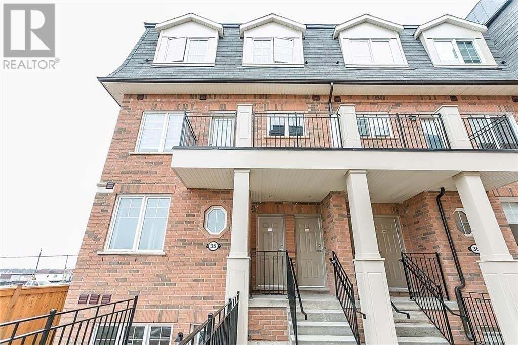 Townhouse for rent at 2420 Baronwood Dr Oakville Ontario - MLS: 30826135