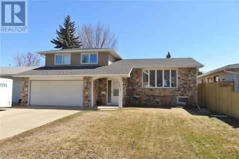 House for sale at 2421 Preston Ave S Saskatoon Saskatchewan - MLS: SK795353