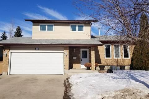 House for sale at 2422 Bolen By E Regina Saskatchewan - MLS: SK797098
